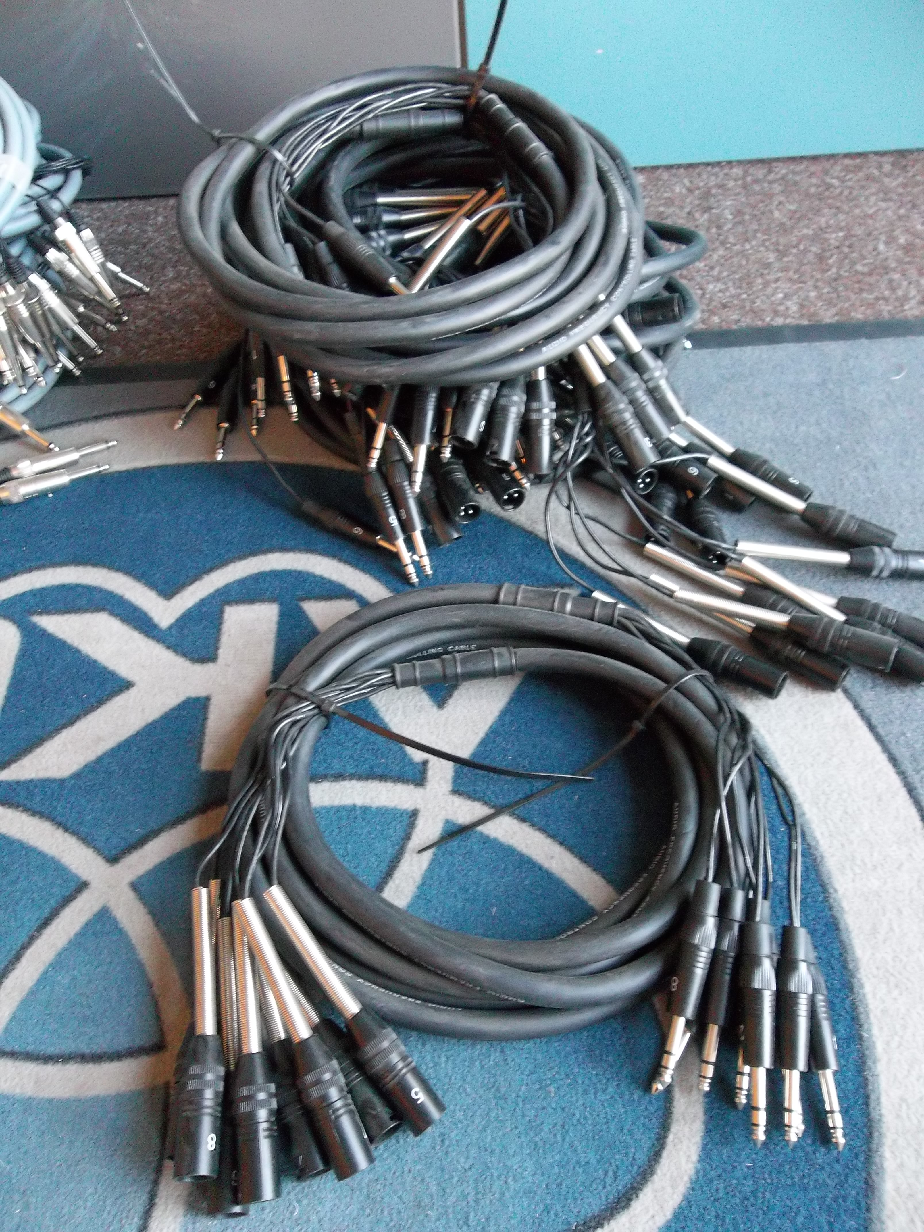 Ziemlich Wie Man Elektrisches Kabel Anschließt Galerie - Der ...